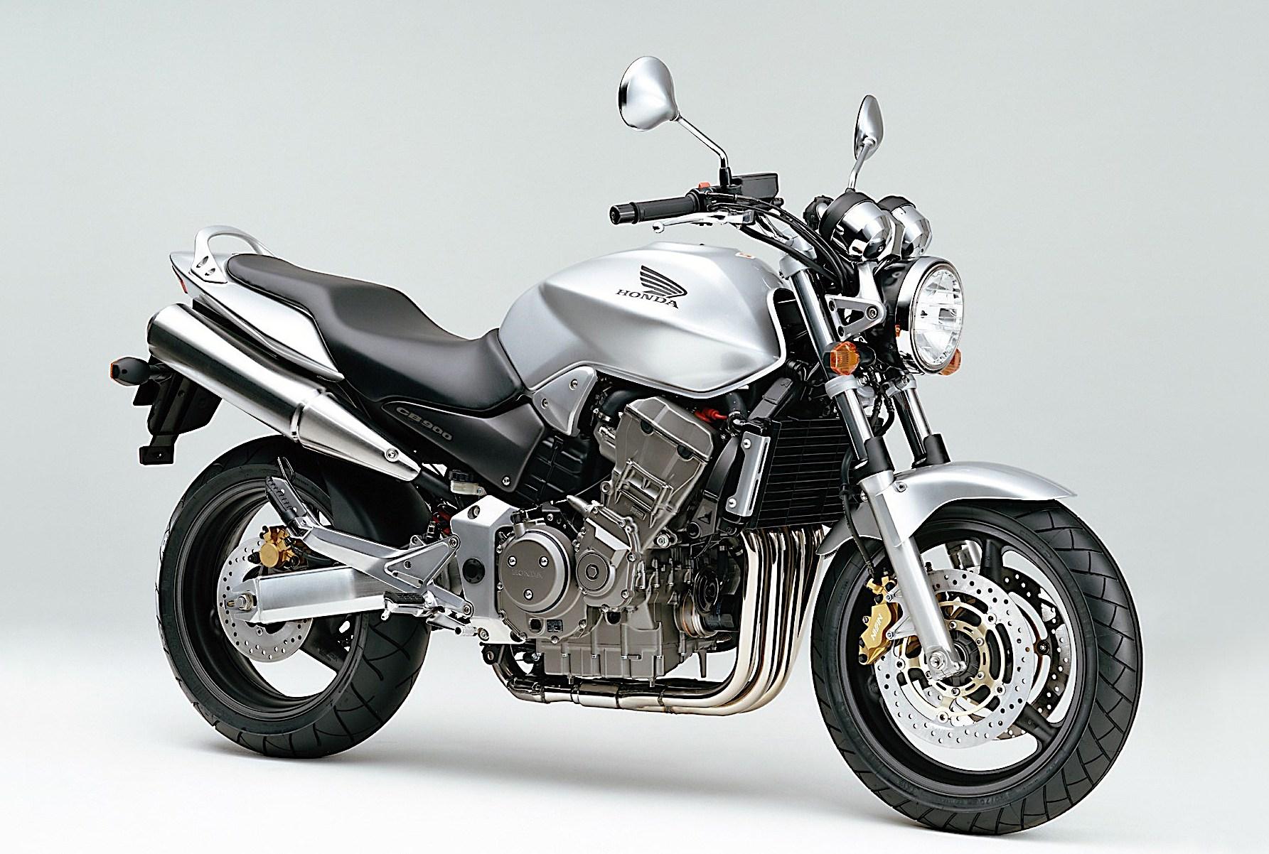 2001_Honda_CB900_Hornet_0.jpg